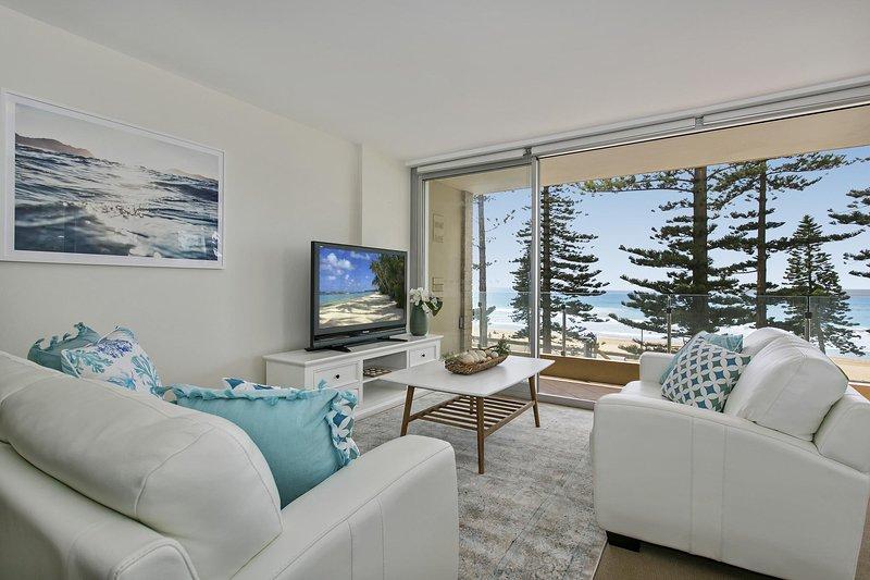 Wohnzimmer mit herrlichem Meerblick