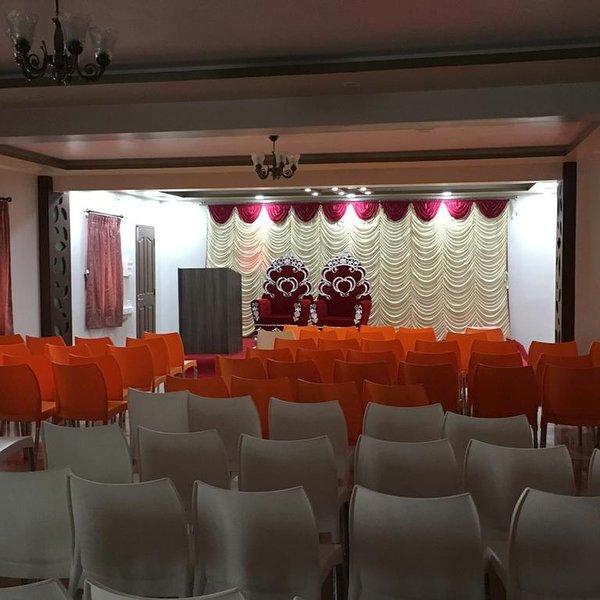 Sun Shine Hotel Unit 403, vacation rental in Muttukadu