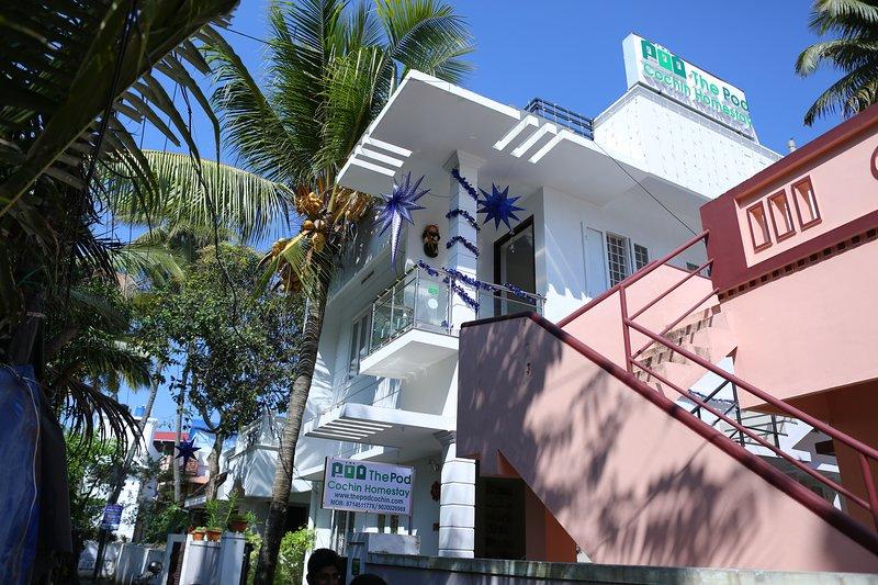 The Pod Cochin Homestay AC Roon 1, holiday rental in Kochi (Cochin)