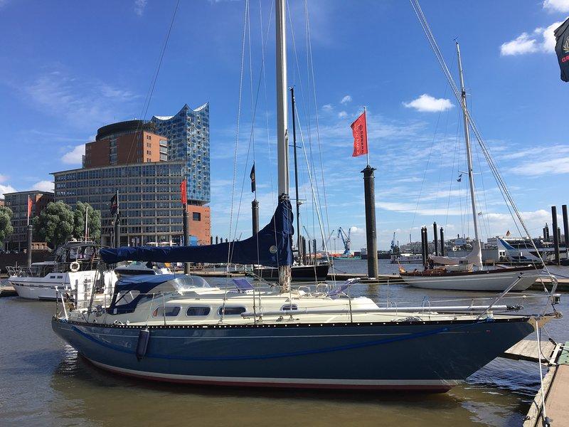 Hanseat am Baumwall - Elbphilharmonie, vacation rental in Hamburg
