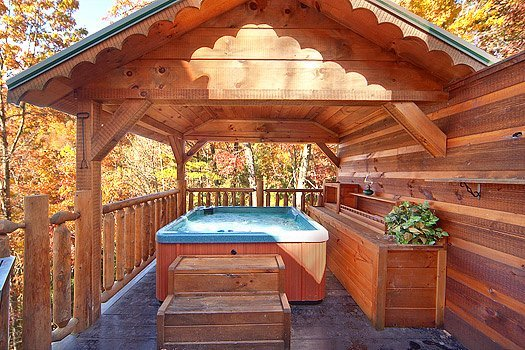 Hot Tub at Hidden Pleasure