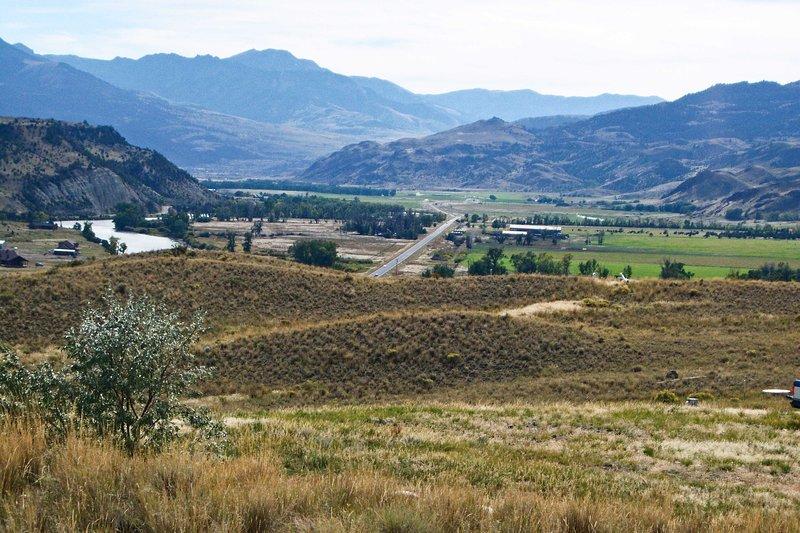 Elevar su retiro de Montana con esta gran casa de alquiler de vacaciones emigrante.