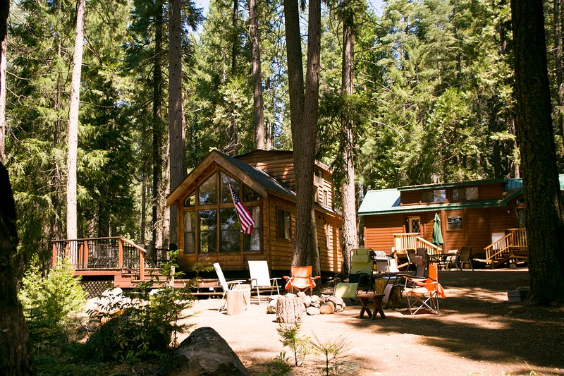 Cabins and Common and Fire pit area