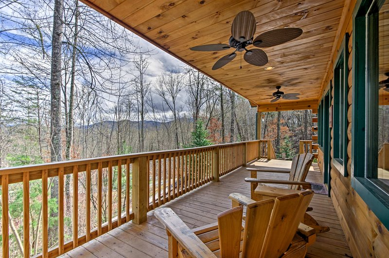 Explore the Great Smoky Mountains from this Bryson City vacation rental cabin.