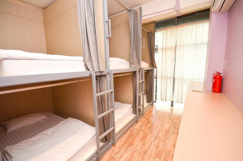 this room can occupied 6 persons. it is nice for group traveller or solo traveller to meet friends.