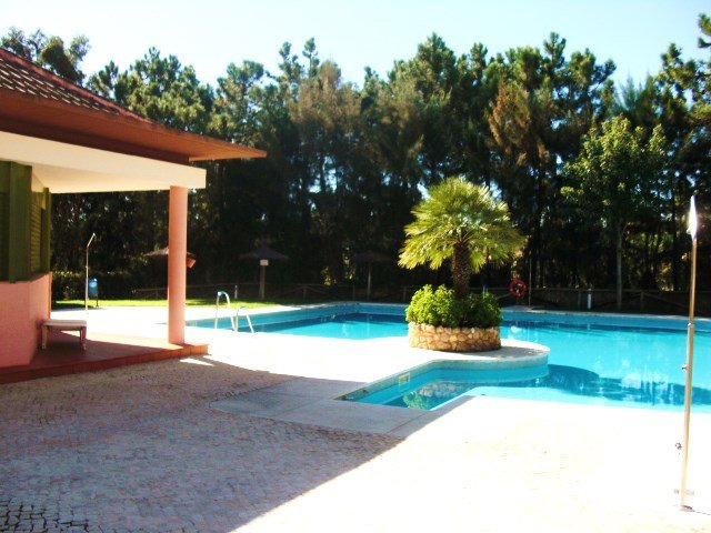Amazing house with shared pool, aluguéis de temporada em Huelva