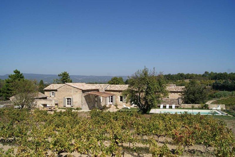 LS2-114 TREMUDA : Prestigious Mas in the heart of the Luberon, location de vacances à Oppède