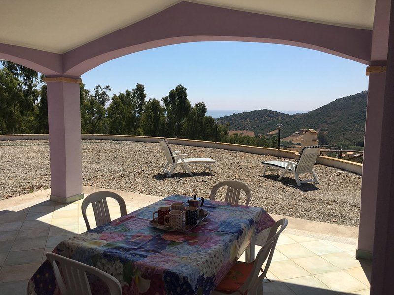 Amazing house with sea view & Wifi, holiday rental in Museddu