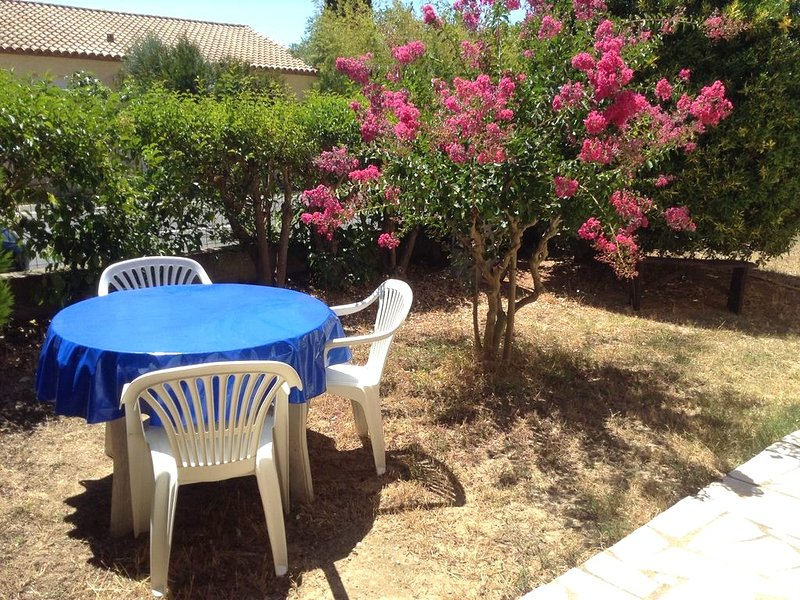 Spacious house with garden, vakantiewoning in Cazouls-les-Beziers