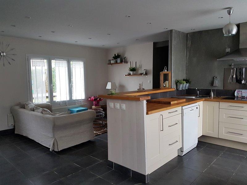 Amazing house near the beach & Wifi, vacation rental in Gonneville-en-Auge