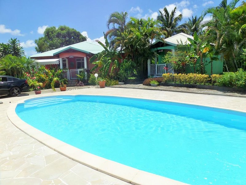 Beautiful house with shared pool, vacation rental in Gros Cap