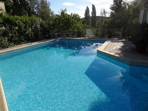 Spacious villa with swimming-pool, aluguéis de temporada em Les Matelles