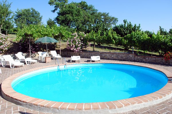 Amazing apartment with shared pool, holiday rental in Madonna della Pia