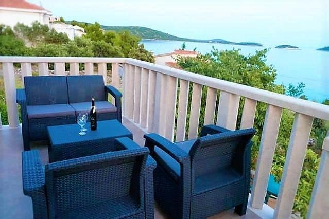 Beautiful house with sea view, vacation rental in Sevid