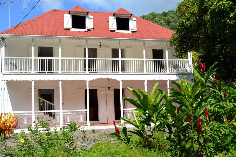 Amazing house with terrace & Wifi, vacation rental in Marigot