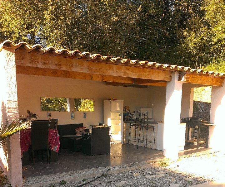 Amazing villa with swimming-pool, casa vacanza a Roquefort les Pins