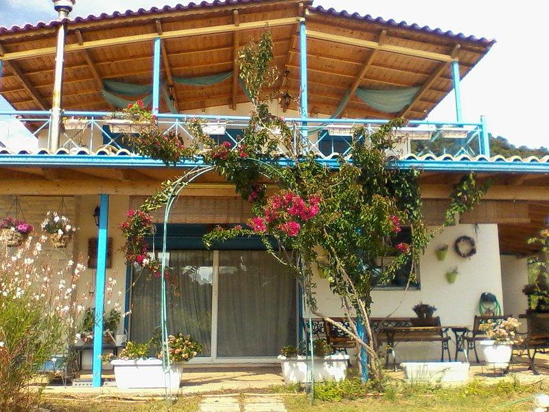 Spacious house near the beach, holiday rental in Neochori
