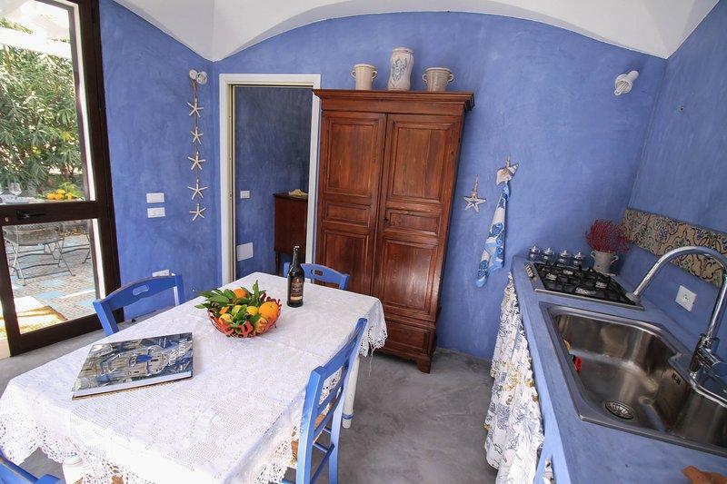 Nice villa with sea view & terrace, vacation rental in Petrosino