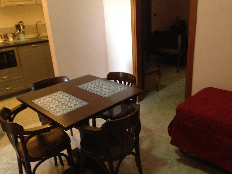 Nice apartment near the beach, casa vacanza a Vibo Valentia