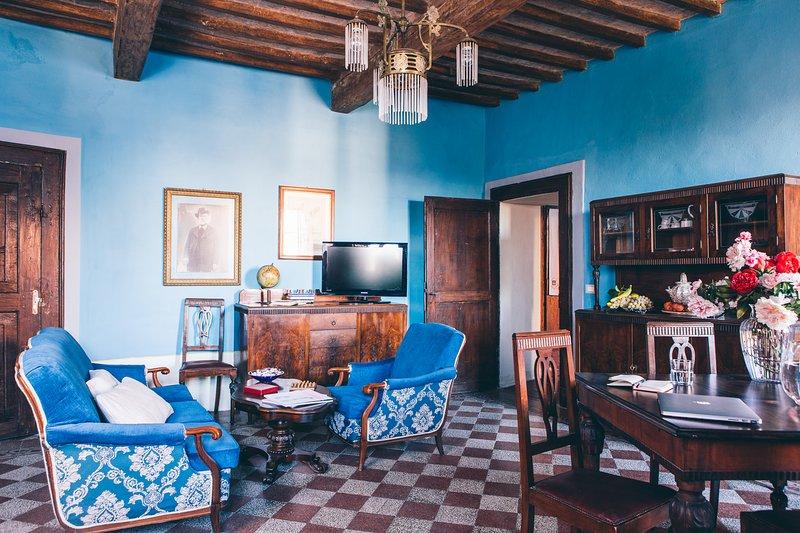 Angolo Divino Tuscany - Holiday Apartment - 100% Tuscan Experience, alquiler de vacaciones en Lucignano