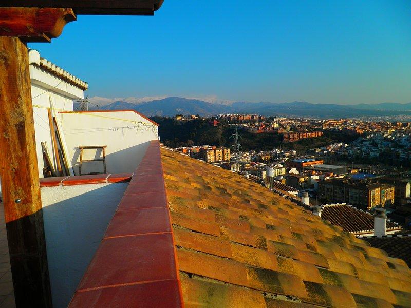 Nice apt with mountain view & Wifi, holiday rental in Huetor Vega