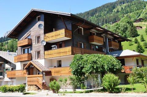 Apartment with mountain view, location de vacances à La Chapelle d'Abondance