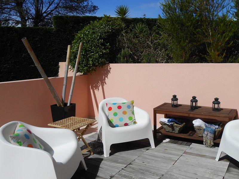 Nice apt with swimming-pool & Wifi, aluguéis de temporada em Malveira da Serra