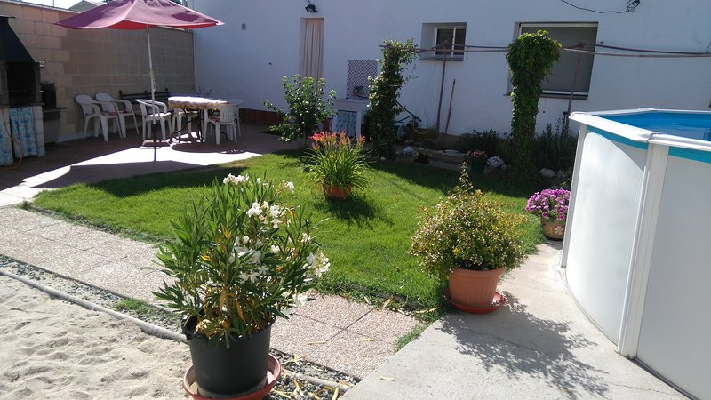 Nice house with swimming-pool, holiday rental in Campo de Cuellar