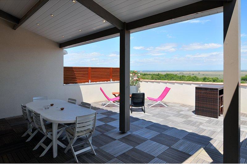 Nice villa with sea view & terrace, alquiler vacacional en Saint-Pierre-la-Mer