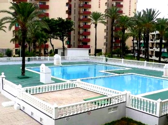 Nice apartment with shared pool, location de vacances à San Javier