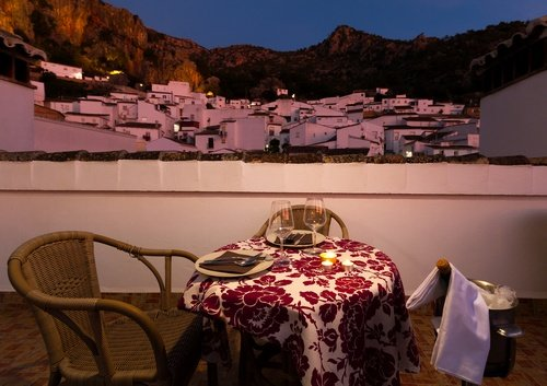 Apartment with mountain view, holiday rental in Ubrique