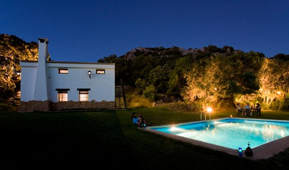 Spacious house with swimming-pool, alquiler de vacaciones en Castillo de Locubín