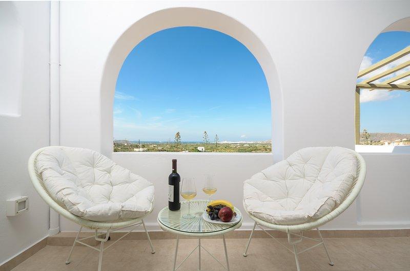 Amazing villa with sea view & Wifi, holiday rental in Glinado