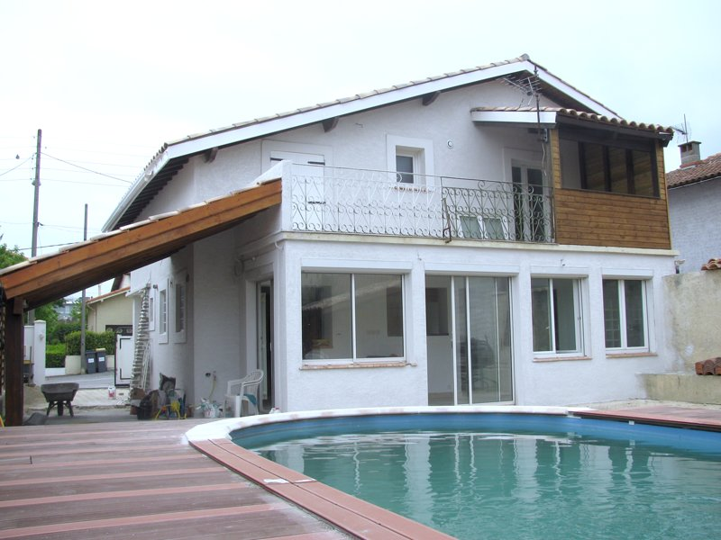 Spacious villa with swimming-pool, vacation rental in Villegailhenc