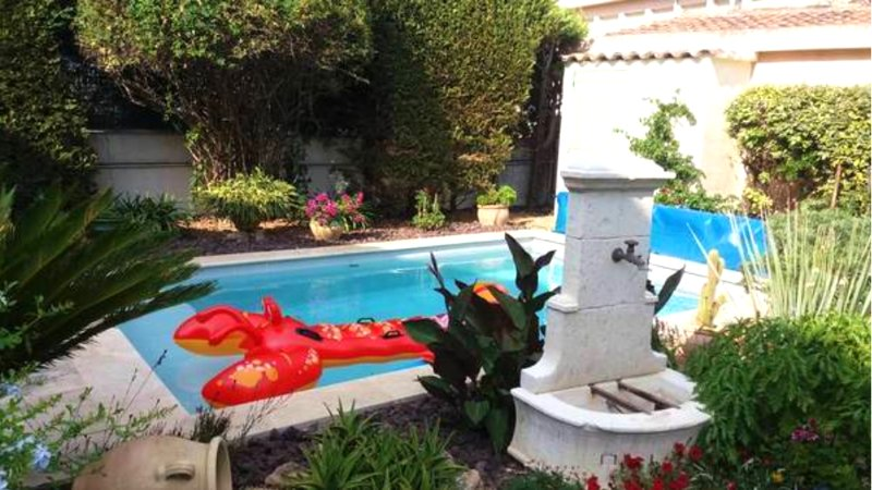 Nice apt with swimming-pool & Wifi, location de vacances à Sollies-Ville