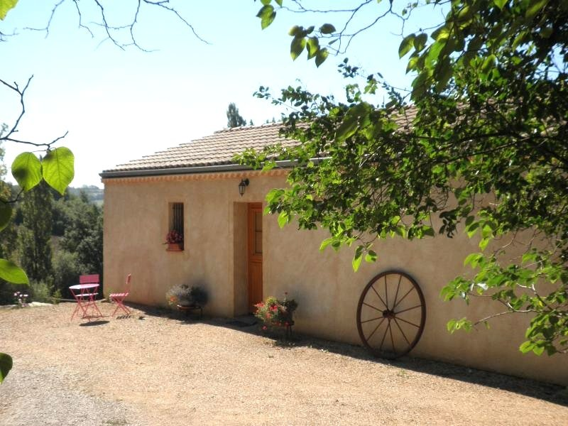Beautiful house with terrace & Wifi, holiday rental in Caussade