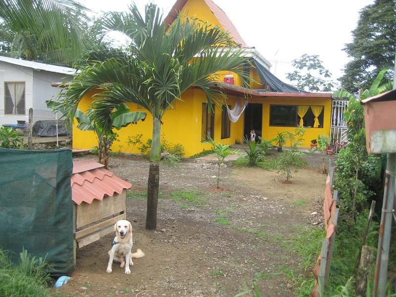 Casa Franco: just 10 k from Manuel Antonio Beach and National Park, holiday rental in San Carlos