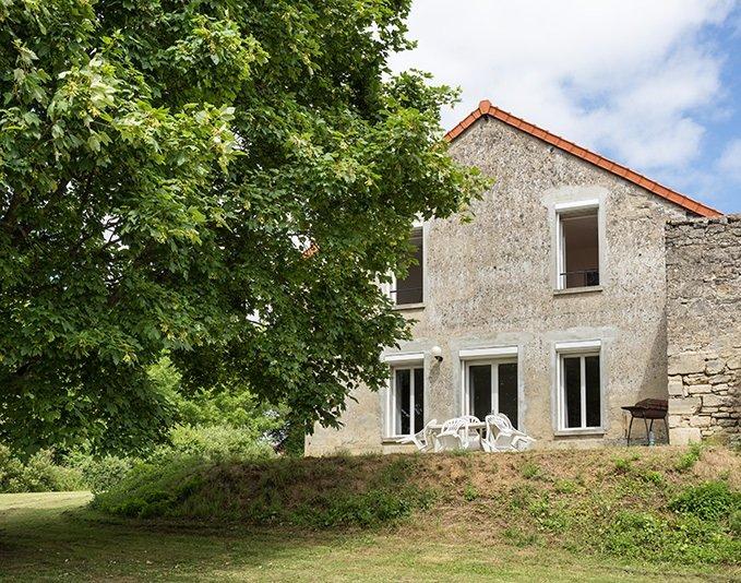 Amazing house with garden & terrace, location de vacances à Mons-en-Laonnois