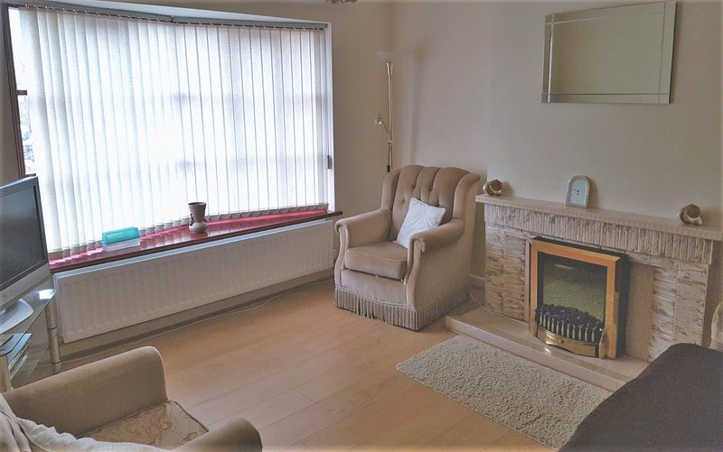 Beautiful apartment near the beach, location de vacances à Newtownards
