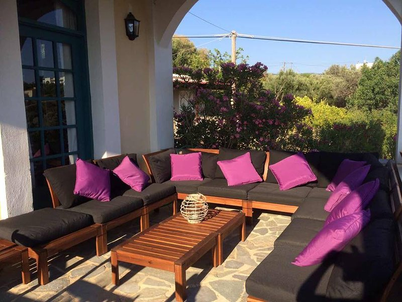 Big villa with sea view & terrace, holiday rental in Limnos