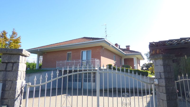 B&B BENESSERE & BALLO, holiday rental in Viverone