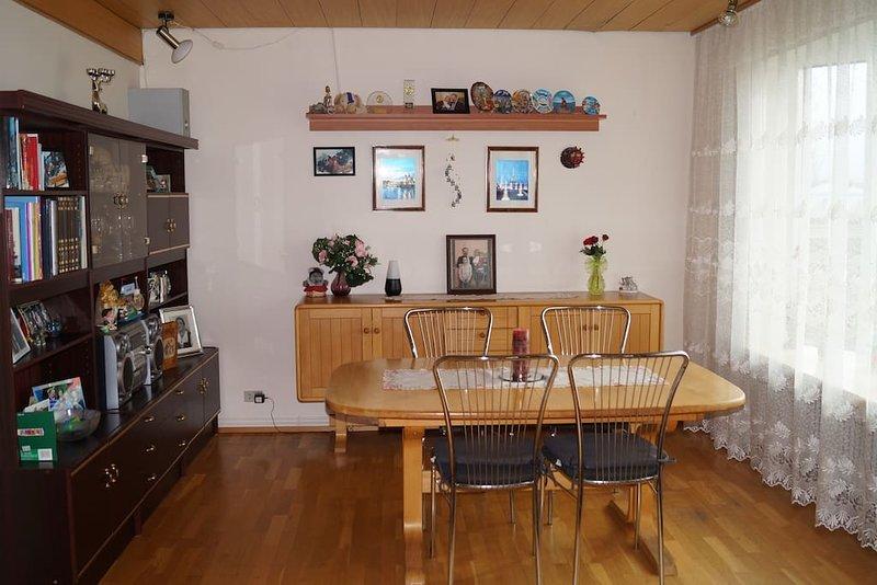 Guesthouse Reykjanesvegur single room 2, location de vacances à Njardvik