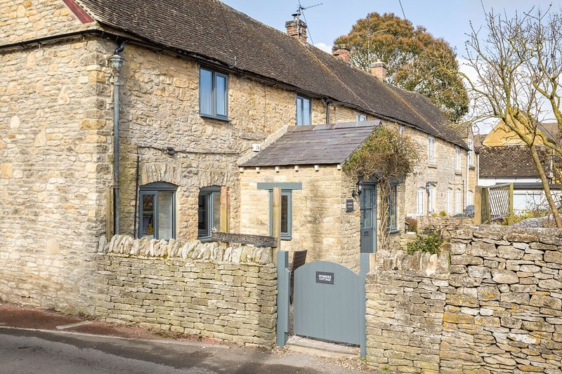 Charming cottage in a great location