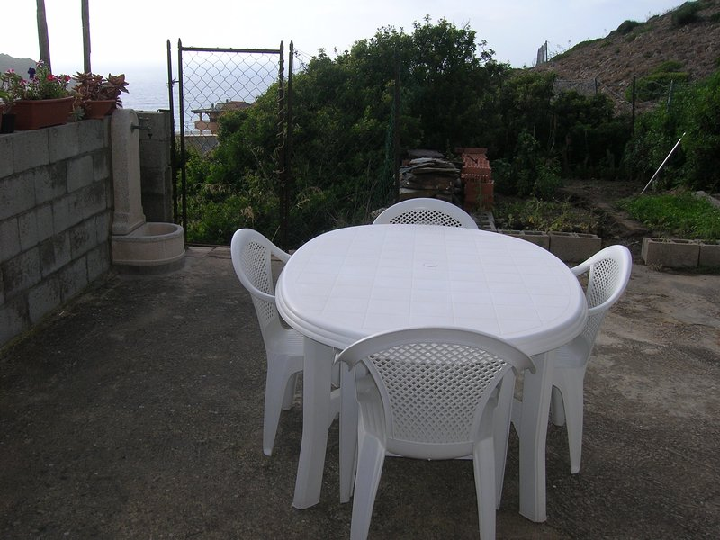 Casa fronte mare, holiday rental in Fluminimaggiore