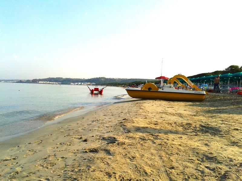 Casa con accesso in spiaggia, Rivabella (Gallipoli), vacation rental in Rivabella