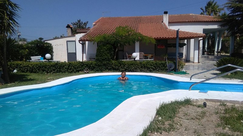 The house in the green, holiday rental in Pedalino