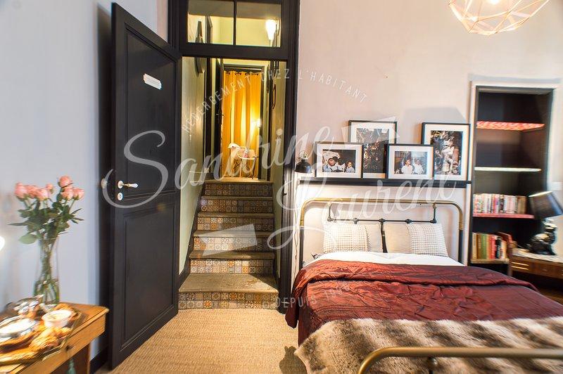 RétroMirabeau : La Suite et son boudoir (Maison de Famille), holiday rental in Vinassan