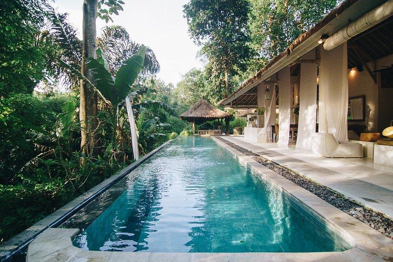 Villa Sungai Bali - A Vacation in PARADISE for 12! – semesterbostad i Buduk