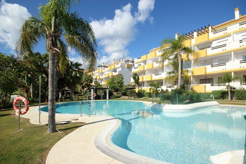 1778 - 2 bed apartment, Calanova Grand Golf, La Cala de Mijas, holiday rental in La Cala de Mijas