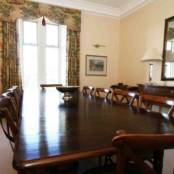 Dining for 10 in the elegant dining room